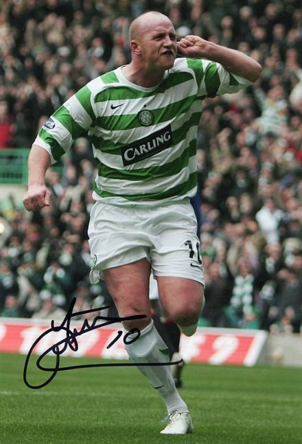 John Hartson, Glasgow Celtic & Wales, signed 12x8 inch photo.